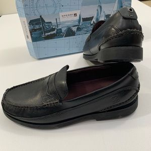 Sperry Top-Sider 8 1/2 black seaport penny shoes